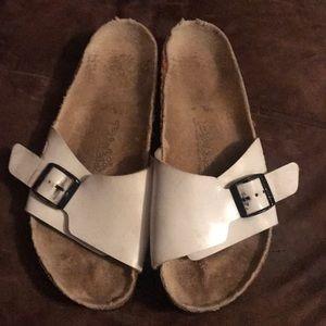 Birki's Birkenstock Sandals Size L7 M5
